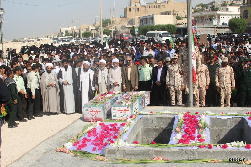 مراسم خاکسپاری پیکر دو شهید گمنام شهرستان عسلویه 11