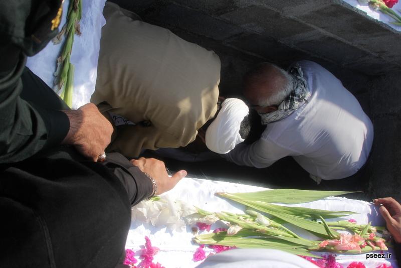 مراسم خاکسپاری پیکر دو شهید گمنام شهرستان عسلویه 24