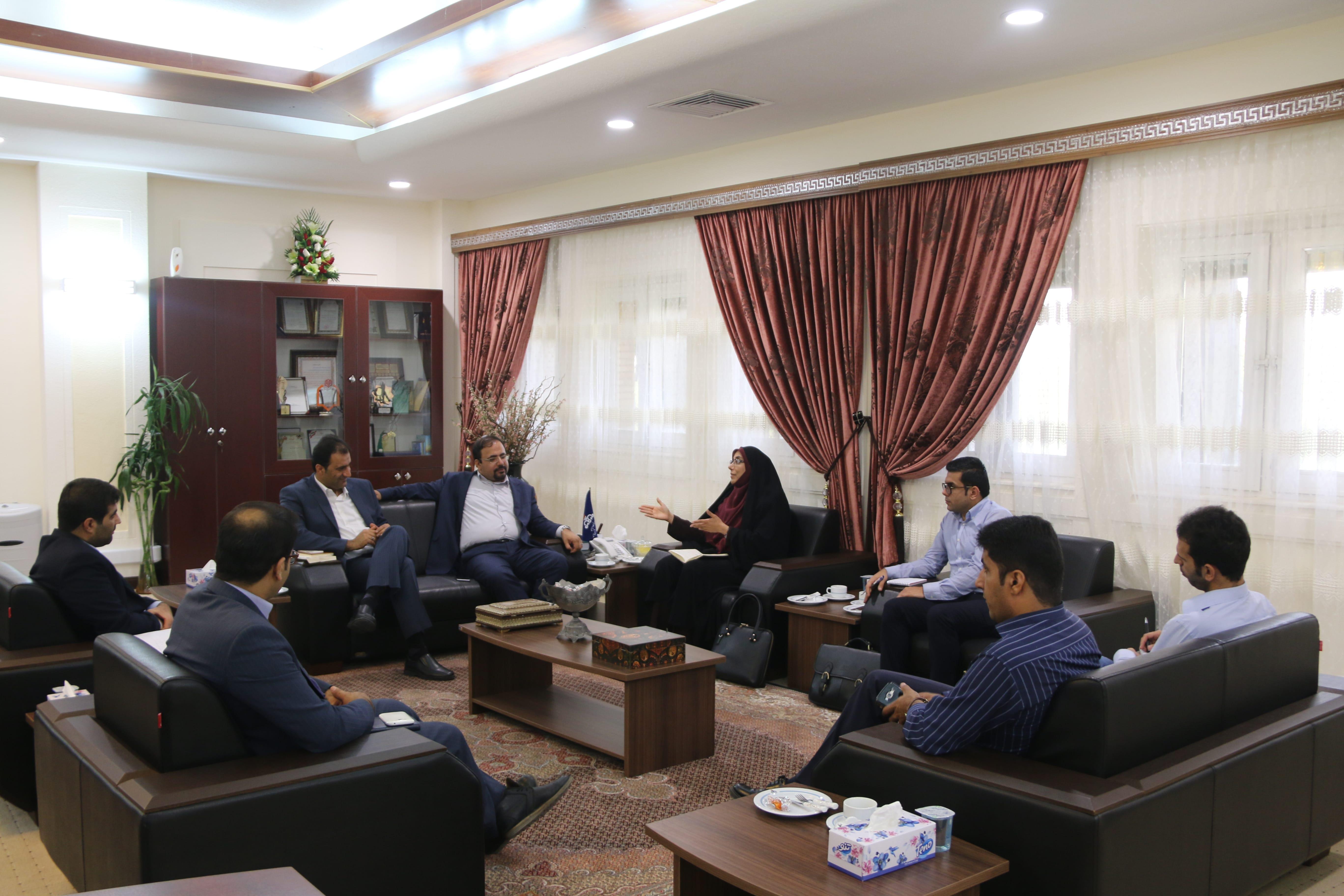 دیدار نماینده مردم عسلویه در مجلس با مدیر عامل سازمان منطقه 4