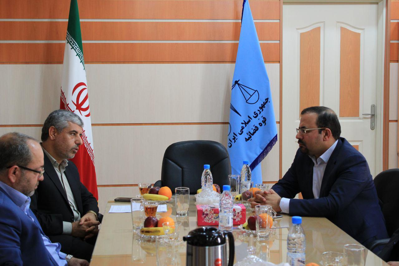 دیدار مدیر عامل سازمان منطقه ویژه اقتصادی انرژی پارس با رییس دادگستری استان بوشهر 2