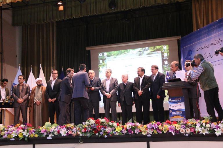 ایین اختتامیه هشتمین جشنواره پژوهش و فناوری وزارت نفت 6
