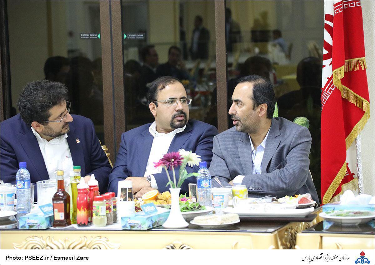 نشست هماهنگی با مدیران عامل شرکت های پتروشیمی مستقر در منطقه 1
